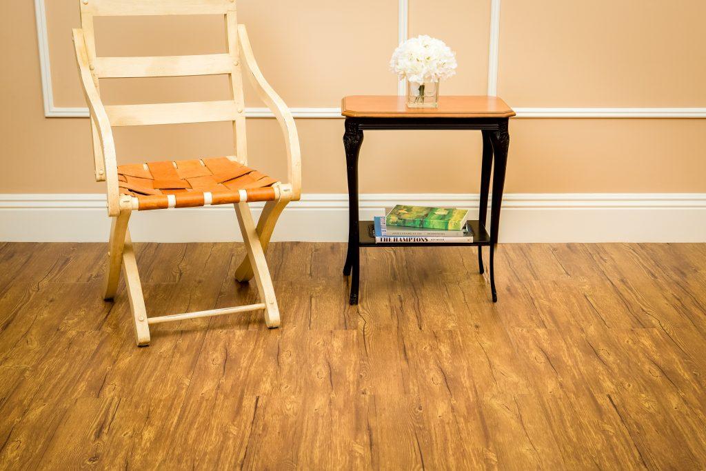Peel & Stick Floor Planks-Saddle